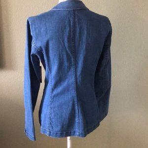 Vince Camuto Jackets & Coats - Vince Camuto Jean Blazer STUNNING